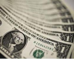 کاهش ارز دلار در شبکه بانکی.